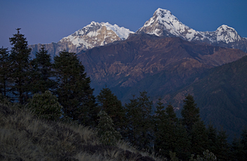 Poon Hill, Annapurna South - by Henk