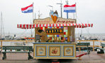 Volendam - by Henk Nouws