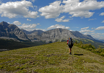 Great Divide Trail, Heading down to Cataract